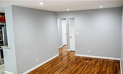 Bedroom, 3410 Bronxwood Ave, 1