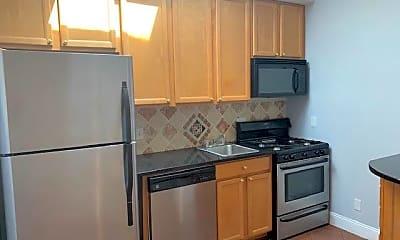 Kitchen, 711 Irving St NE 4, 1