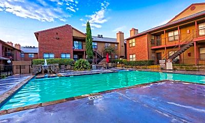 Pool, Millennium Dallas, 2