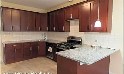 Kitchen, 2323 W Taylor St, 1