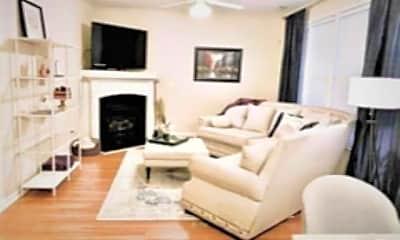 Living Room, 601 Bellefont Ct, 2