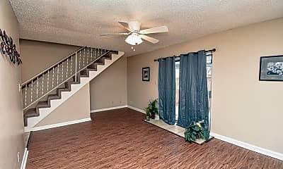 Living Room, 702 Westwood St, 1