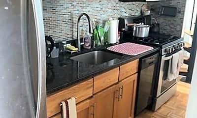 Kitchen, 405 Great Rd 5, 1