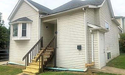 Building, 322 1/2 E 10th St, 0