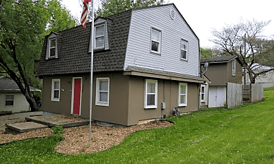 Building, 3748 N Prospect St, 1