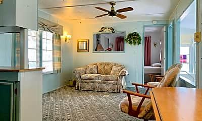 Living Room, 8167 SE Swan Ave, 1