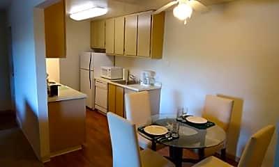 Glenbrook Apartments, 2