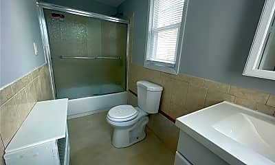 Bathroom, 14 West End Ave, 2