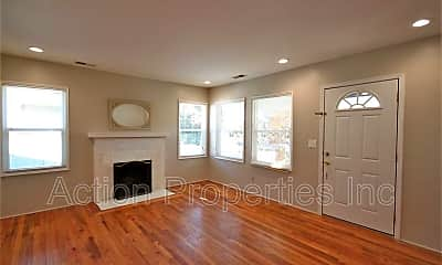 Living Room, 1043 Henderson Ave., #A, 1