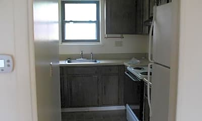 Kitchen, 614 S Columbia Ave, 1