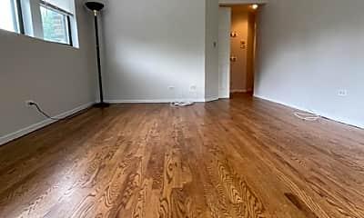 Living Room, 1714 W Montrose Ave, 1