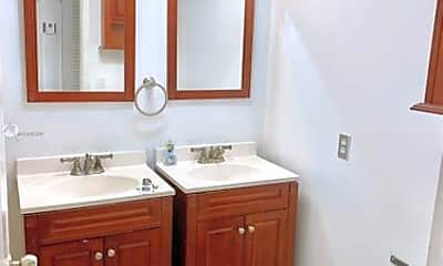 Bathroom, 7308 SW 82nd St, 2