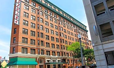 Building, 1538 Centre St, 0