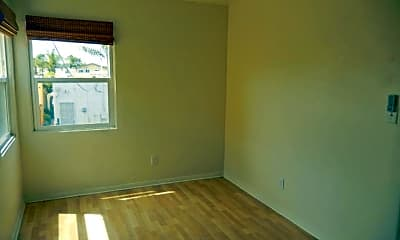 Bedroom, 4733 Oregon St, 2