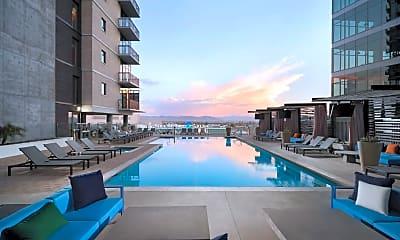Pool, 188 E Jefferson St 1121, 0