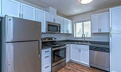 Kitchen, Uptown 7, 0
