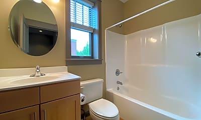 Bathroom, 581 E Hillside Dr, 2
