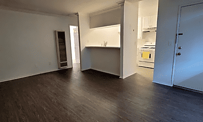 Kitchen, 1409 Superior Ave, 1
