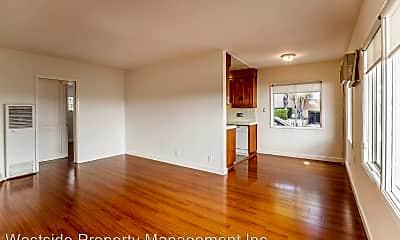 Living Room, 644 Westbourne Dr, 1