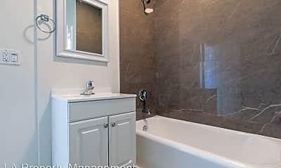 Bathroom, 727 S Mariposa Ave, 2