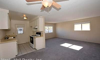Living Room, 2670 Victoria Ave, 0