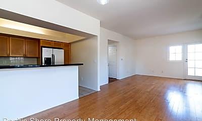 Living Room, 630 E Cypress Ave, 1