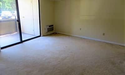 Living Room, 102 McKnight Cir, 1