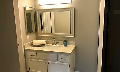 Bathroom, 5711 Recodo Way, 2