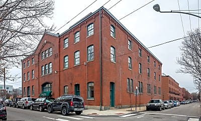 Building, 627 N 18th St 208, 2