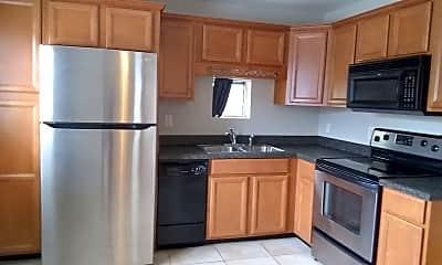 Kitchen, 341 N Summerlin Ave, 1