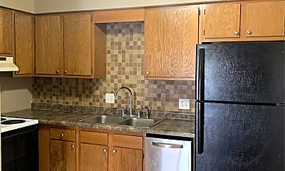 Kitchen, 125 Wintergreen Dr, 1