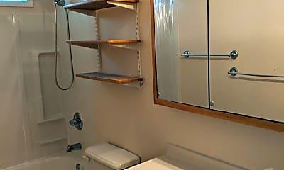 Bathroom, 1409 Broadway St, 2