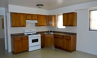 Kitchen, 283 Yates Ave, 1