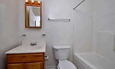 Bathroom, Jefferson South Of The James, 2