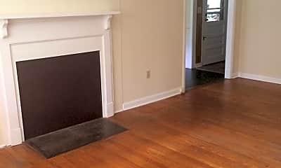 Living Room, 115 Dryman Mountain Rd, 1