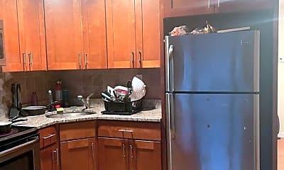Kitchen, 7008 Forrest Ave, 0
