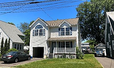 Building, 122 Placid Ave, 1