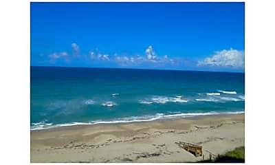 9400 S Ocean Dr 307B, 2
