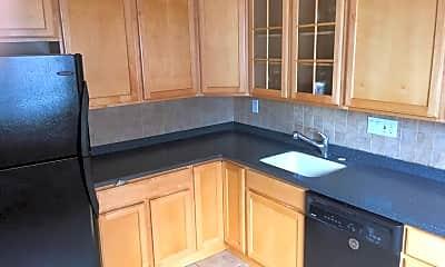 Kitchen, 641 22nd St S 2, 2