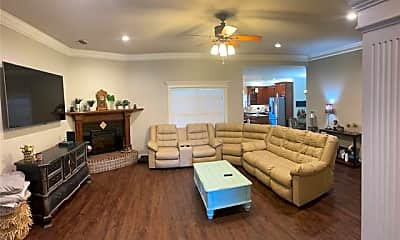 Living Room, 2117 Plymouth Rock Rd, 1