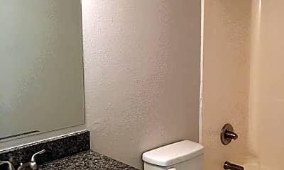 Bathroom, 3914 E 11th St 402, 2
