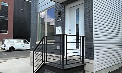 Building, 449 W Norris St 2, 1