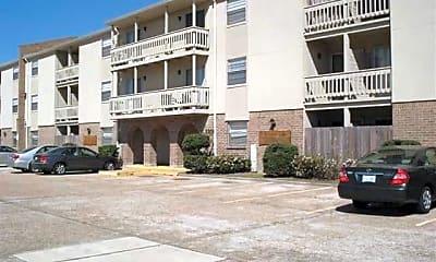 Metairie Lake Apartments, 2