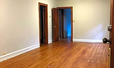 Living Room, 5228 W Belmont Ave, 1