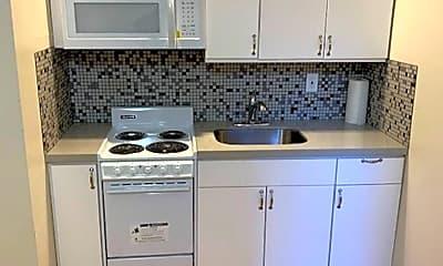 Kitchen, 325 Leavenworth St, 1