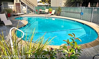 Pool, 1408 Reeve St, 0