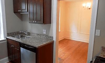 Kitchen, 4917 N Damen Ave., 2