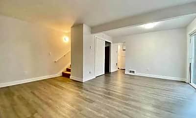 Living Room, 12211 SE 59th St, 1