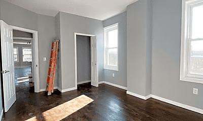 Living Room, 573 Broadway, 2