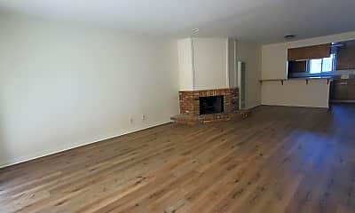 Living Room, 308 Loma Vista St, 1